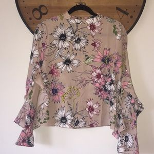 Floral Blouse with ruffle sleeves
